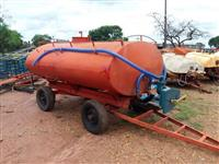 Carreta tanque 5.200 litros