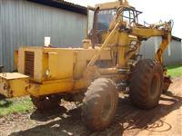 Trator Carregadeiras CBT 4x4 ano 94