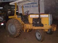 Trator CBT 8240 4x4 ano 86