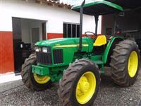 Trator John Deere 5403 4x4 ano 05