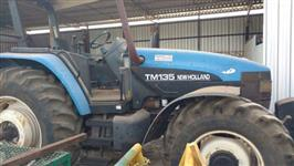 Trator Ford/New Holland TM 135 4x4 ano 02