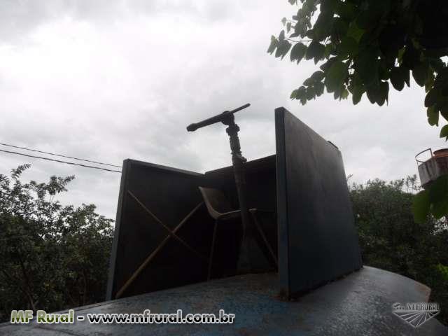 Outros Caminhão TANQUE DE OITO MIL LITROS COM BOMBA KSB ano 79