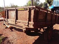 Carreta de um eixo pra 2.500 kg