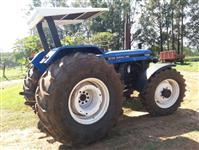 Trator New Holland 7630 4x4 ano 01