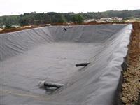 Lona para revestimento impermeável de cisternas, tanques, cocho, carrocerias de caminhões
