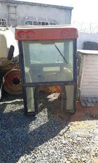 Cabine para trator Massey Ferguson 275