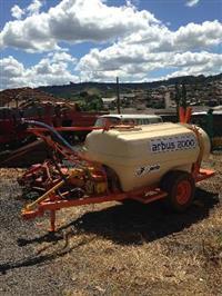 pulverizador arbus 2000 litros jacto