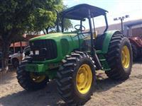Trator John Deere 6415 4x2 ano 08