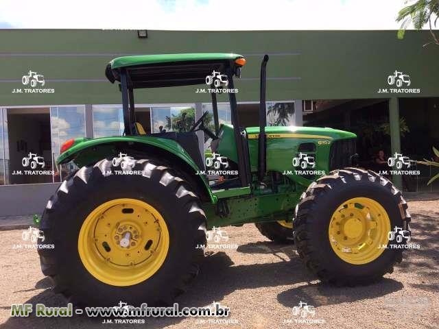 Trator John Deere 6110 J 4x4 ano 12