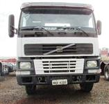 Caminhão Volvo FM 420 ano 02