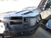 Caminhão Volvo FM 420 ano 03