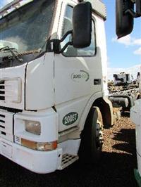 Caminhão Volvo FH 420 ano 01