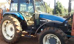 Trator Ford/New Holland NH TL 100 4x4 ano 01