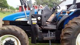 Trator Trator Ford/New Holland 4x4 ano 09