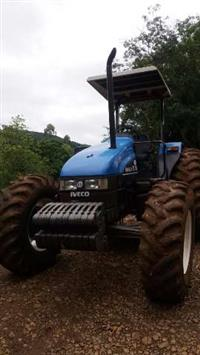 Trator New Holland TL 90 4x4 ano 00