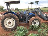 Trator New Holland TL 85 E 4x4 ano 04