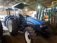Trator New Holland TL 65 E 4x4 ano 02