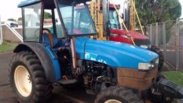 Trator Ford/New Holland TT 3880 F 4x4 ano 12