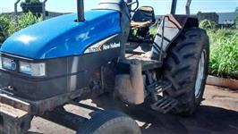Trator Ford/New Holland TL 75E 4x2 ano 02