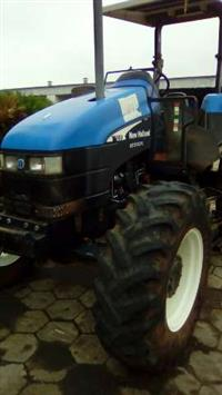 Trator New Holland TS 100 4x4 ano 04