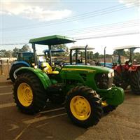 Trator John Deere 5085 4x4 ano 17