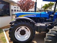 Trator Ford 8030 4x4 ano 12