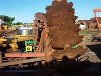 Grade niveladora controle 48 discos mancais rolamento p/ trator agrícola Massey Ford John Deere