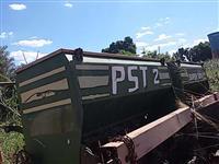 Plantadeira tatu plantio direto 7 linhas controle agrícola p/ trator de pneus Massey Ford New Hollan
