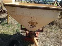 Distribuidor de calcário semente capim Vicon 600 p/ trator agrícola Massey Ford New Holland John Dee