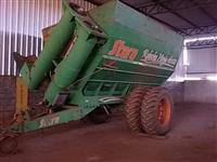 Carreta bazuca graneleira 18000