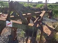 Arado aiveca 4 hastes desarme canavieiro ikeda