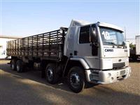 Caminhão Ford Cargo 2428 E 8X2 ano 10