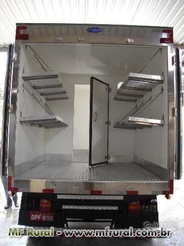 Baús refrigerados, Isotérmico, frigoríficos gancheira, sorveteira para caminhões 3/4 , TOCO e  TRUCK