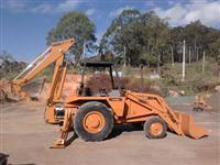 Retro -escavadeira Case 580H 1995 vendo ou troco por bobcat ou caminhão