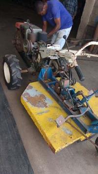 Trator Yanmar Micro Trator Tobata Tc12 Yanmar Com Roçadeira 4x4 ano 00