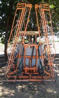 Pulverizador Jacto Condor 800, Modelo AM-14, c/ comando, ano 2010