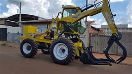 Trator Carregadeira Valtra/Motocana BM 100 ano 09/09 4x4