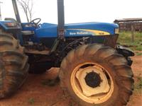 Trator Ford/New Holland 7630 4x4 ano 14