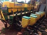Plantadeira Tatu 8 linhas -plantio direto - 2012