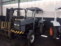 Trator Valtra/Valmet 685 ATS 4x2 ano 11