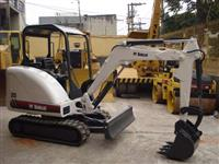 Mini Escavadeira Bob Cat 325