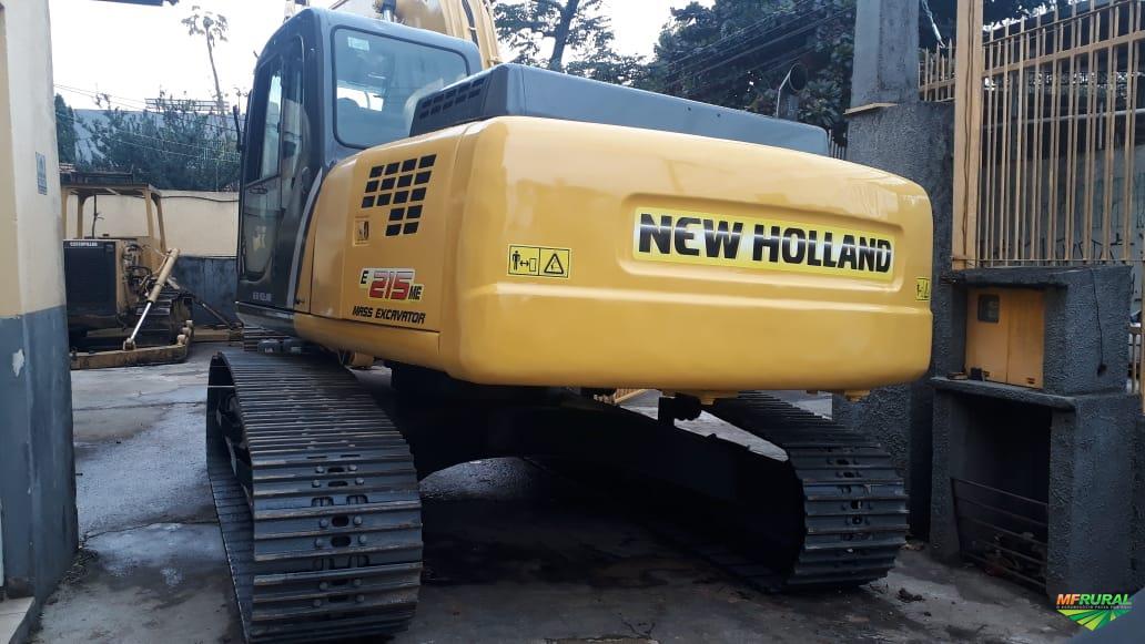 Escavadeira New Holland E215ME 2009