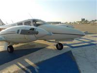 Vendo duas aeronaves Seneca II PA-34-200T ano 1975