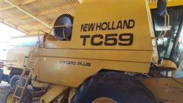 Vendo colhedeira TC 59 ano 2001