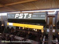 Plantadeira PST 3 ano 2003 em excelente estado de conservação, 8 Linhas