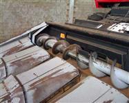 Plataforma de Milho 4 Linhas MF Advanced ano 2002