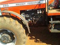 Trator Massey Ferguson 660 4x4 ano 99