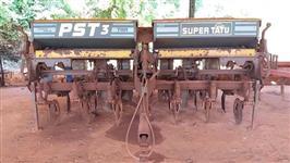 Plantadeira PST3 ano 2001 com 7 Linhas em excelente estado de conservação!