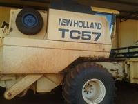 Colheitadeira TC 57 ano 2002
