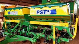 Plantadeira PST 3 ano 2011 com 8 Linhas em excelente estado de conservação!